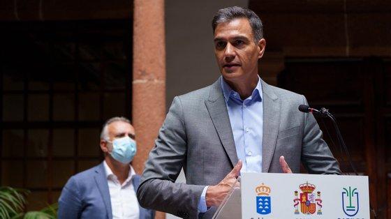 Pedro Sánchez prometeu medidas rápidas para atender às necessidades da população de La Palma