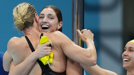 As quatro nadadoras melhoraram um registo que já pertencia à Austrália desde abril de 2018