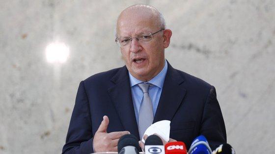 Augusto Santos Silva garante que afegãos que trabalharam com Exército português foram retirados