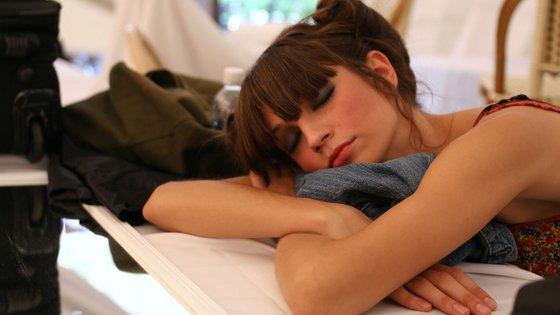 A qualidade do sono tem sido seguramente das mais prejudicadas entre as habituais rotinas do ser humano.