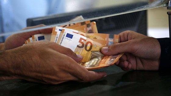 O valor médio mensal do subsídio por beneficiário foi de 538,71 euros em agosto