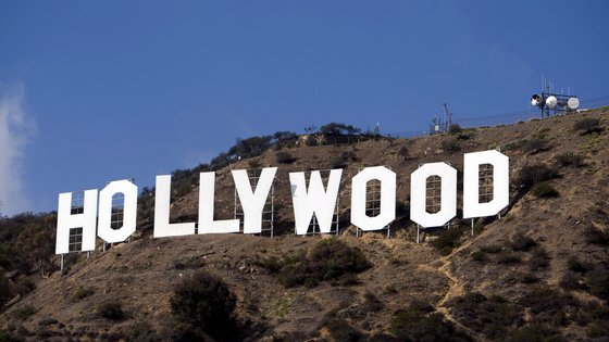 epa03065609 A photo of the Hollywood sign in Hollywood California , USA, 01 November 2007. Two Los Angeles dog walkers made a grisly discovery when they found a severed head underneath the famous Hollywood sign, the Los Angeles Times reported 18 January 2011. The dogs had begun to play with a plastic bag they found in the brush on Tuesday afternoon when the head rolled out, the daily reported. Police are now looking for a body. The victim was believed to be in his 40s and of Armenian descent. Given the condition of the head, police believe the mad had died recently, though neither the circumstances or cause of death were immediately known.  EPA/ANDREW GOMBERT