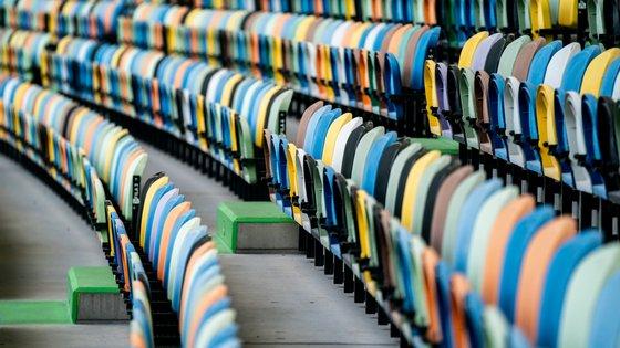 A DGS considera que a evolução do nível de vacinação em Portugal permite a abertura dos estádios aos adeptos, embora em número limitado