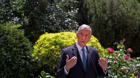 """""""É muito bonito dizer-se que imigrantes não, e depois descobrir-se que imigrantes sim, quando dão jeito para trabalhar a fazer o que os portugueses não fazem"""", criticou Marcelo"""