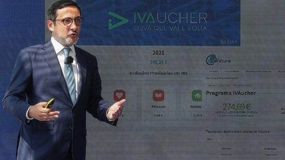 O secretário de Estado Adjunto e dos Assuntos Fiscais, António Mendonça Mendes, participa na apresentação do Programa IVAucher, plano de dinamização do consumo nos setores do turismo e da cultura, no Museu de Arte Antiga, em Lisboa, 31 de maio de 2021. TIAGO PETINGA/LUSA