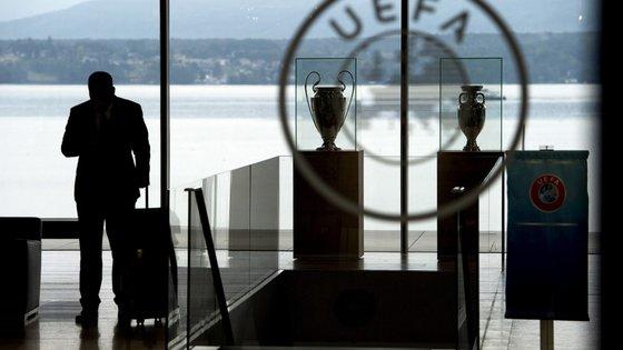 Entre 2018 e 2021, a UEFA gastou 130 milhões de euros em pagamentos solidários