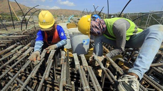 O emprego no setor da Construção aumentou 3,8% entre março de 2020 e fevereiro de 2021