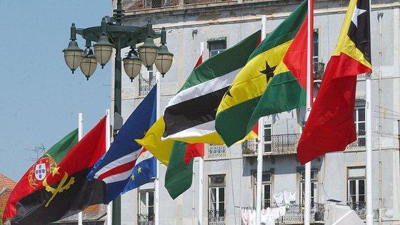 Portugal tem previsto o envio de cerca de 60 militares para ajudar na formação de tropas moçambicanas no âmbito do combate ao terrorismo