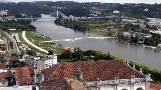 """""""Esta é a coligação que vai conduzir Coimbra ao caminho do desenvolvimento e da afirmação nacional e internacional"""", diz José Manuel Silva"""