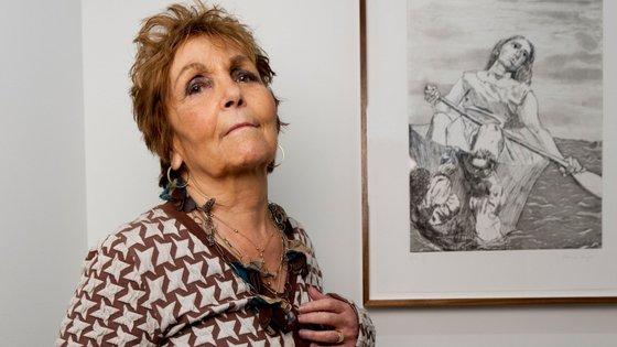 A obra de Paula Rego é fortemente figurativa e literária, considerada incisiva e singular pela crítica de arte