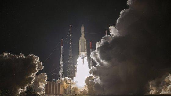 A passagem das sondas por Vénus oferece uma oportunidade sem precedentes de estudar o ambiente do planeta