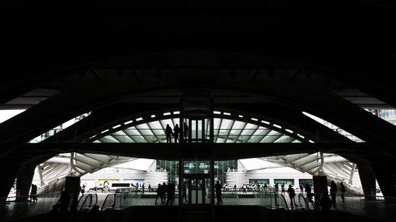 Ana Cristina Dourado disse ainda que a ida da Fertagus à Estação do Oriente está também dependente das obras de quadruplicação da linha de Cintura, entre Roma-Areeiro (atual término da Fertagus) e Braço de Prata, previstas no Programa Nacional de Investimentos 2030
