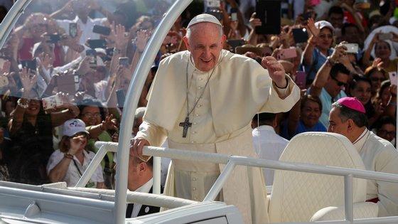 Em novembro, o Papa vai a Glasgow, no Reino Unido, para participar cimeira do clima, conhecida como COP26
