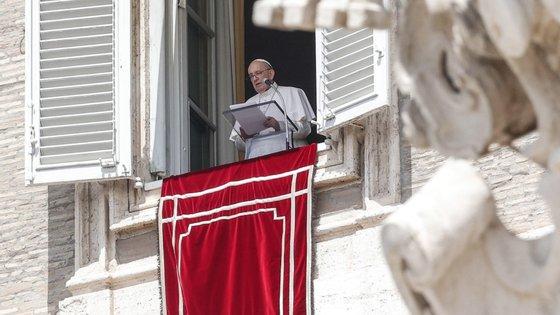 O chefe da Igreja Católica renovou o seu desejo de viajar para o Líbano