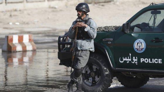 """""""As forças de segurança iranianas utilizaram força ilegal, incluindo disparos de munição real para esmagar os protestos, na sua maioria pacíficos"""", disse a Amnistia Internacional."""
