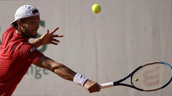 Em vésperas de arrancar Wimbledon, entre 28 de junho e 11 de julho, João Sousa defenderá os oitavos de final de final disputados em 2019