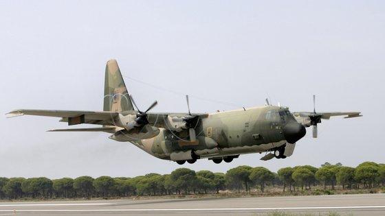 O processo de modificação das aeronaves ronda um investimento de cerca de 16 milhões de euros, com fundos comunitários
