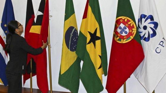 """Sobre o futuro da língua portuguesa, o embaixador não tem """"a menor duvida de que é positivo"""""""