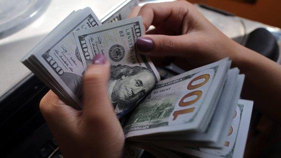 """""""Facultei-lhe a conta, passada uma semana ou duas, longe de imaginar que fossem 100 mil dólares, fui levantar o dinheiro e devolvi"""""""