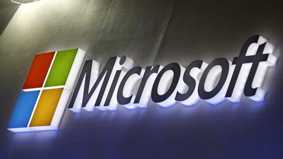 Paulo Águas, reitor da Universidade do Algarve,destacou que o curso que vai utilizar conteúdos produzidos pela AI Business School, da Microsoft e pelo INSEAD