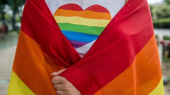 A Hungria já tinha proibido, em dezembro do ano passado, a adoção de crianças por casais do mesmo sexo