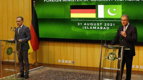 O chefe da diplomacia do Paquistão pediu à comunidade internacional para continuar envolvida no Afeganistão
