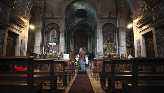 A Casa dos Vinte e Quatro foi um órgão deliberativo composto por mesteirais (associações profissionais), que remonta a 1384