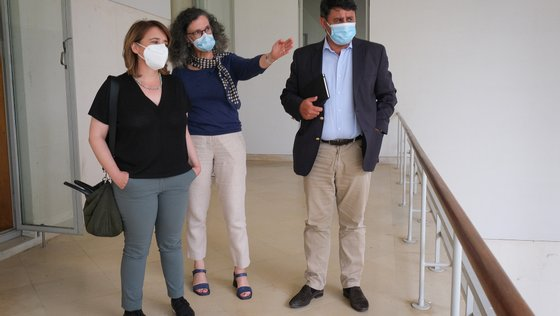 Catarina Martins falava aos jornalistas durante uma visita à Escola Superior de Educação do Instituto Politécnico de Setúbal