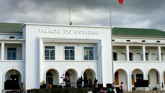 A vice-ministra das Finanças admitiu que apesar da vontade de alterar o processo orçamental, continua a haver algum atraso