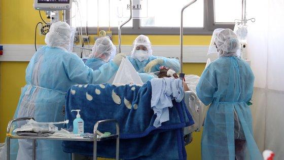 A África Central é a região do continente com menos casos de infeção e de mortes: 206.734 casos e 3.164 óbitos