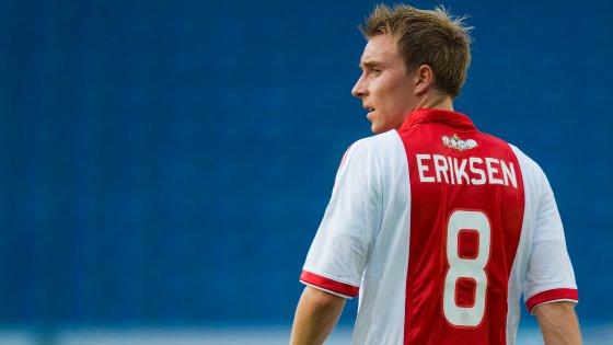 Autor de 36 golos em 109 jogos pela seleção nórdica, não compete desde que caiu inanimado ao minuto 43 do embate com a Finlândia, para o Grupo B