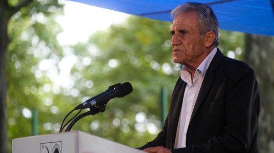 """""""Milho a milho, pedaço a pedaço, homem a homem, mulher e jovem"""", afirmou Jerónimo de Sousa, sobre um possível regresso ao poder da CDU em Guimarães"""