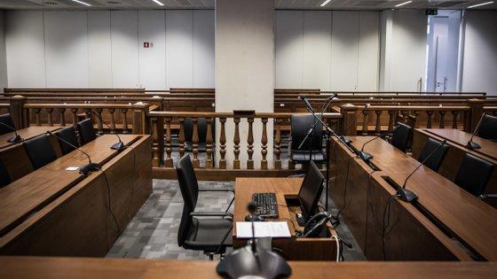 Os juízes concordam com o argumento de que foi em Lisboa que houve a primeira notícia do crime e por isso o caso deve ser julgado na capital