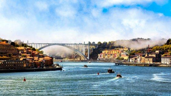 Representando um investimento de 50 milhões de euros, a nova ponte, que será executada entre 2023 e 2025.