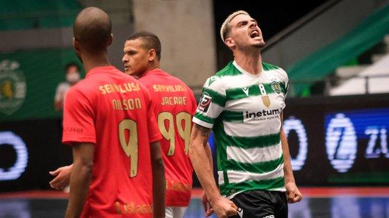 Sporting conseguiu colocar-se mais uma vez em vantagem na final da Liga de futsal e está agora a um triunfo do título