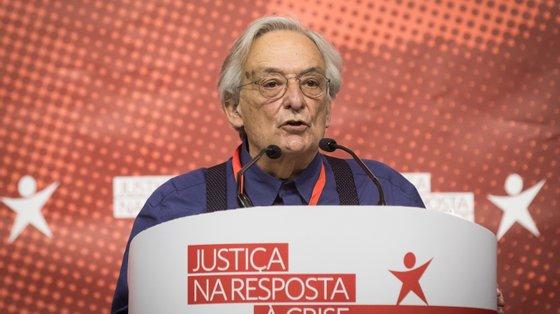 Fernando Rosas juntou-se na noite de segunda-feira à campanha autárquica do BE e fez em Braga um discurso onde o alvo principal foi o PS