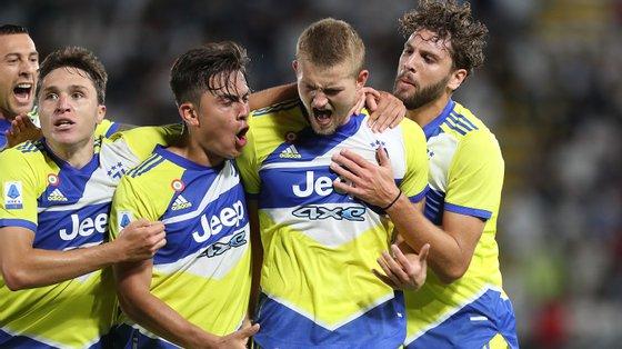 De Ligt aproveitou um canto, foi à área do Spezia e marcou o 3-2 que fez a reviravolta no marcador para o primeiro triunfo da Juventus