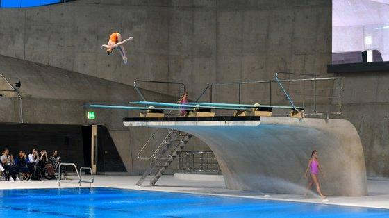 Rejina Pyo apresentou a sua coleção no Aquatic Centre de Londres e chamou atletas olímpicas