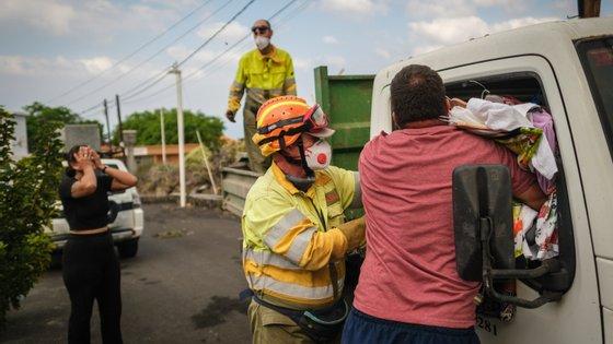 Mais de cinco mil pessoas tiveram de ser retiradas das suas casas em La Palma