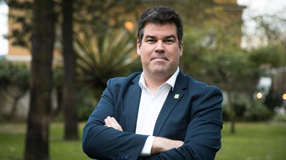 """""""A comunicação sobre a importância dos testes para controlar a pandemia não foi a adequada desde início"""", diz Ricardo Mexia"""