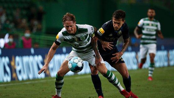 Dragões e leões procuram a vitória esta sexta-feira, para pressionar o Benfica para o jogo de sábado