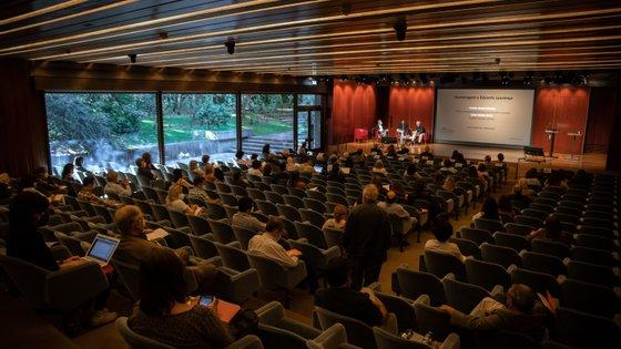 A tarde do primeiro dia do Congresso Internacional Fernando Pessoa foi dedicado à edição e às incursões de Pessoa na tradução e cinema