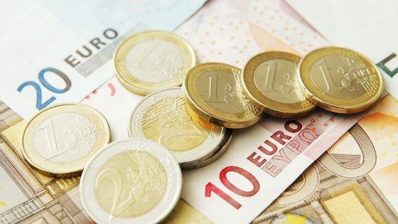 O valor mais alto atribuído ultrapassa os 13 mil euros mensais