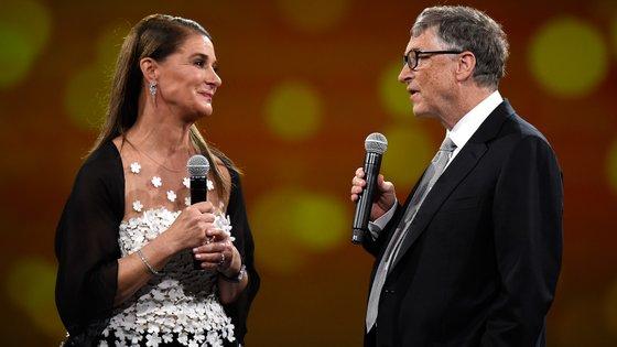 """Quando o ex-casal anunciou a separação em maio último, Bill e Melinda, que estão à frente da fundação de filantropia """"Bill and Melinda Gates Foundation"""", afirmaram que iam continuar a trabalhar juntos"""