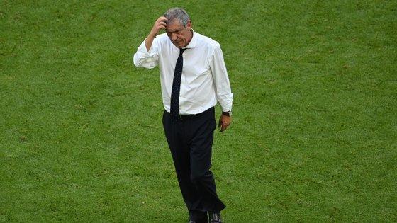 Fernando Santos pode não fazer contas à passagem se ganhar à França ou se empatar e a Alemanha perder com a Hungria. Se isso não acontecer, entra em campo a calculadora
