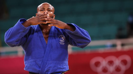 Depois do bicampeonato mundial e de um bronze no Europeu, Jorge Fonseca conseguiu a sua primeira medalha olímpica. E tudo apenas em três anos...