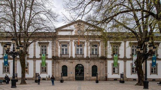 """O candidato lembrou que os dados do Instituto Nacional de Estatística (INE) dizem que """"o concelho de Viseu tem um rendimento per capita baixo"""""""