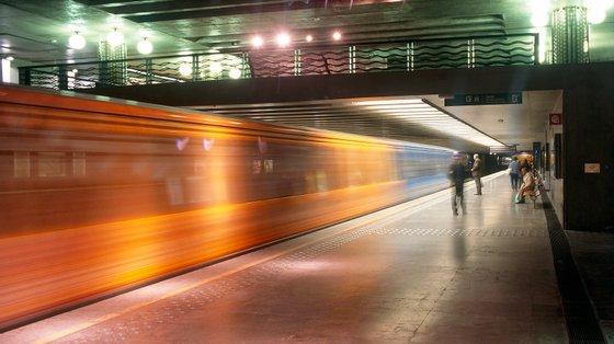 Linha amarela do Metro de Lisboa condicionada, o alerta foi dado as 8h45, confirma Bombeiros Sapadores de Lisboa