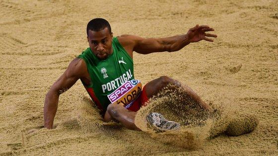 Nelson Évora vai competir nos Jogos Olímpicos na próxima terça-feira