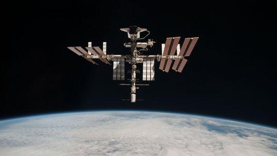 A posição da Estação Espacial Internacional foi corrigida ao fim de 45 minutos, confirmam a NASA e Roscosmos